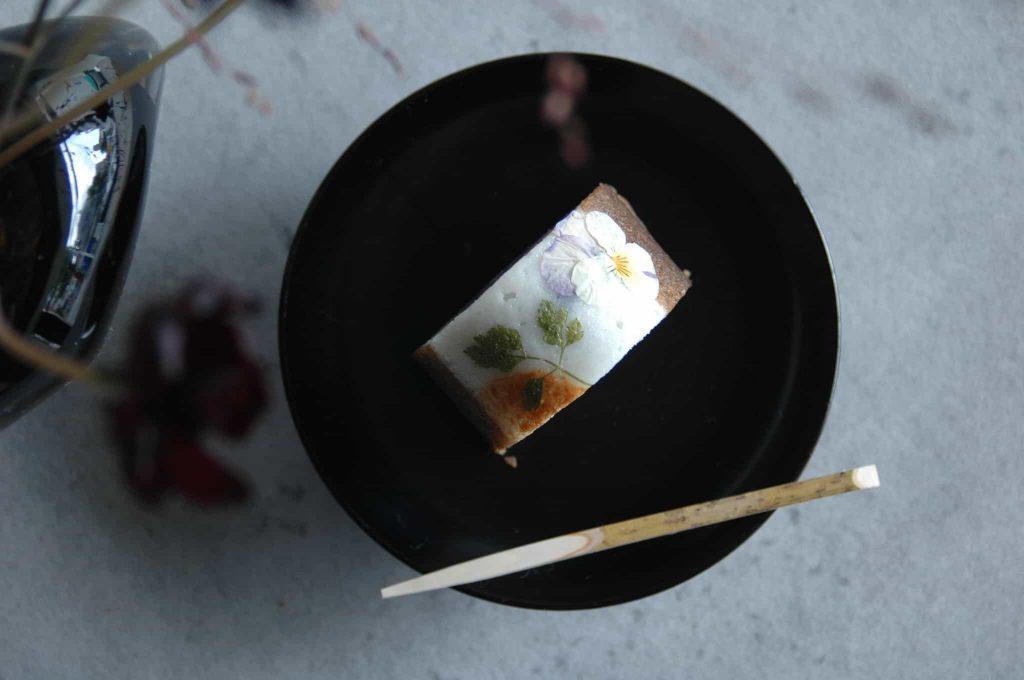 栗とほうじ茶のふくれ菓子